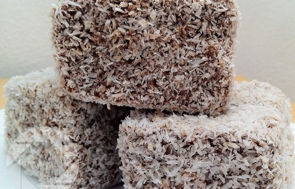 Lamingtons filled with cream
