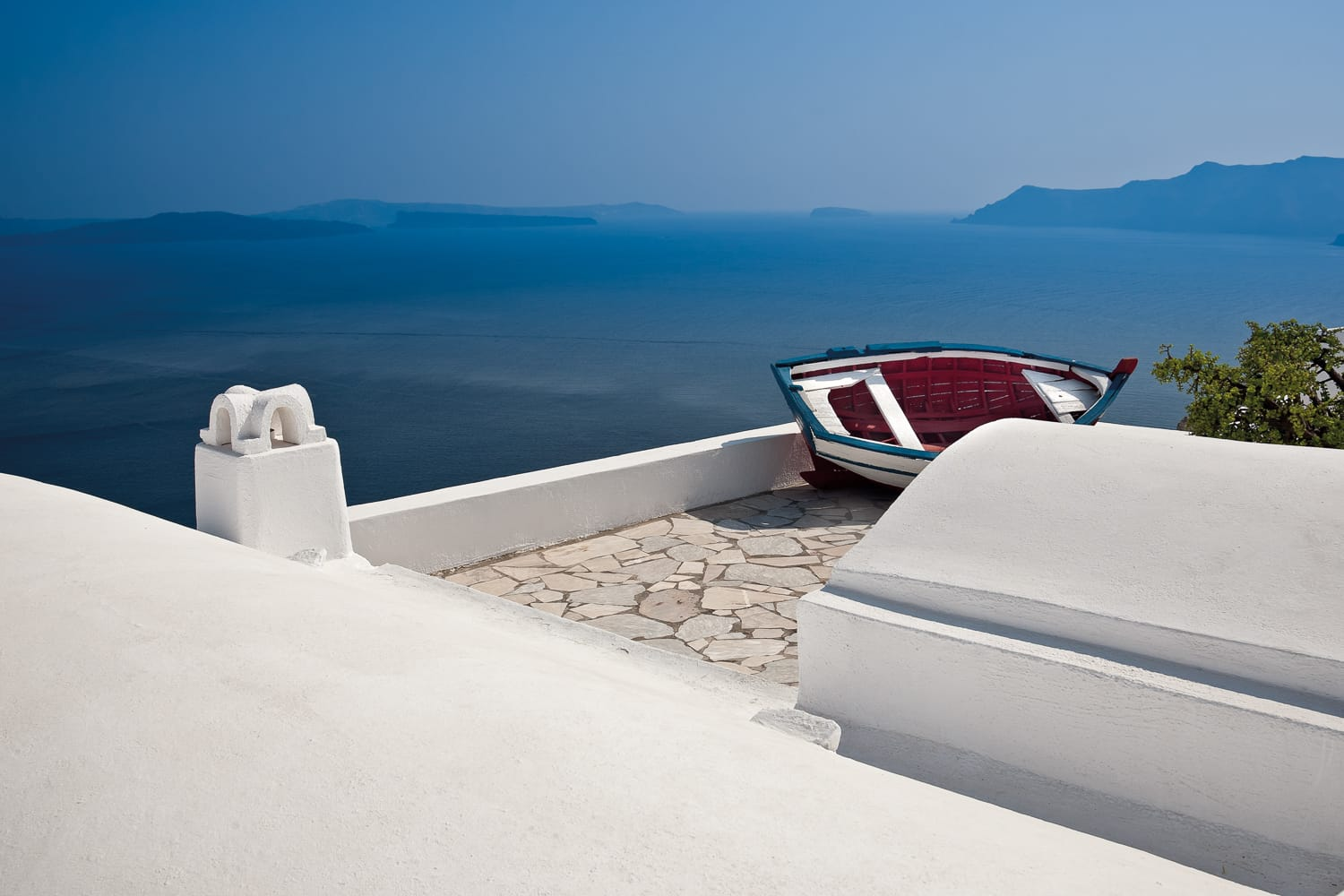 Santorini – blue and white paradise